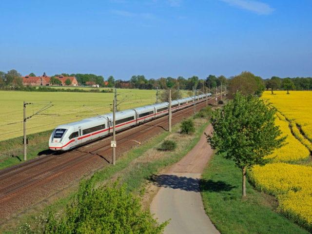 Højhastighedstog fra Hamborg
