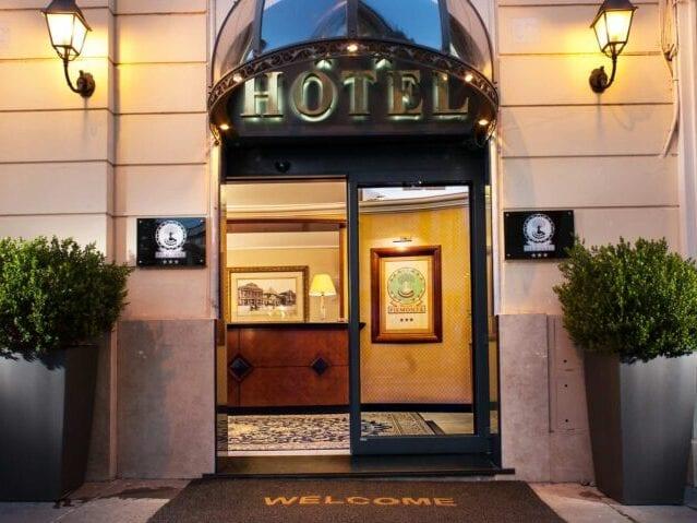 GrønRejs-hotel-piemonte-indgang