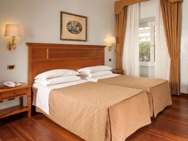 GrønRejs-hotel-piemonte-værelse2