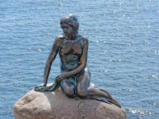 Se Den lille havfrue ved Langelinje