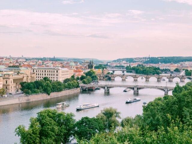 Vltava og den kendte Karlsbroen