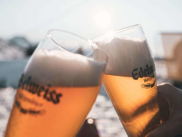 GrønRejs-skiferie-med-tog-til-østrig-øl